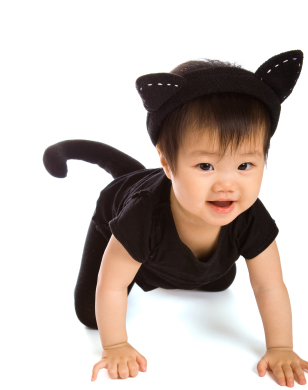 Diy halloween costume ideas for babies and toddlers who says that the big girl witches get to have all the wicked fun dressing your tot up as a fun witch doesnt have to involve any shapeless polyester solutioingenieria Images
