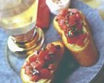 Crostini with tomato-basil topping