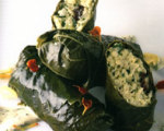 Raw Dolmas with Dill-Sour Cream Sauce