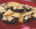 Shortbread cookies with dark chocolate and almonds