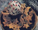 Wizard&#039;s crystal cheese ball with celestial chips