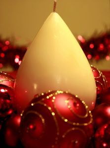 1115052_christmas_candle.jpg