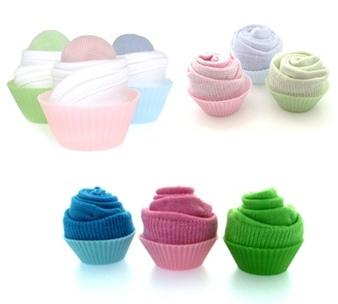 baby-cupcake-gifts-cupcake-socks.jpg