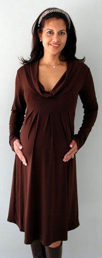 maternity-holiday-dress-scoop-neck.jpg