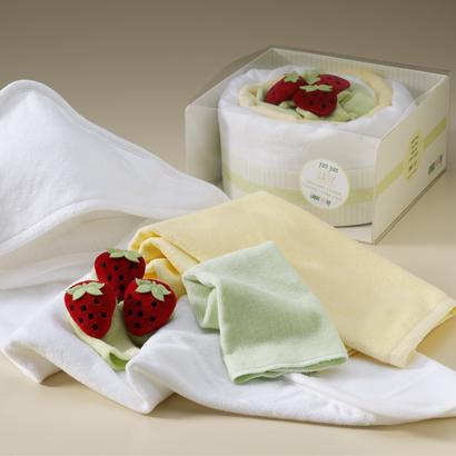 pastel-yum-yum-cake-baby-gift.jpg