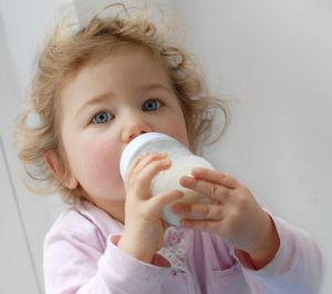 bpa-in-baby-bottles-and-sippy-cups-bpa-banned