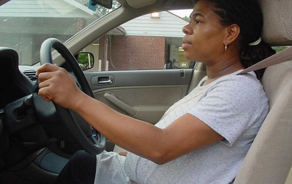 Should You Wear A Seat Belt During Pregnancy