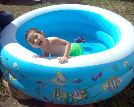 Cheap Inflatable Swimming Pools A Danger For Children