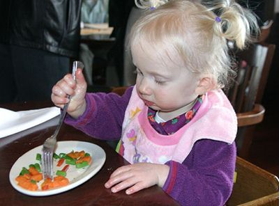 breastfeed, kids eat veggies, kids who love veggies, raise a healthy eater, raise a kid who likes vegetables, vegetables