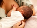 How to warm and reheat stored breast milk